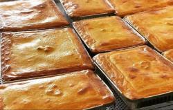 Alimentação - Torta Salgada Frango Palmito ou Bacalhau - Torta Salgada Frango Palmito ou Bacalhau