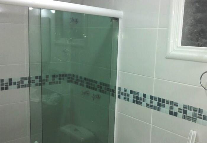 Pastilhas Adesivas  Piracicaba  União Materiais Para Construção  Pisos e R -> Banheiro Com Pastilha Resinada Adesiva