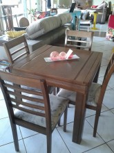 Mesa de Jantar 4 cadeiras Madeira Extensivel Elastica