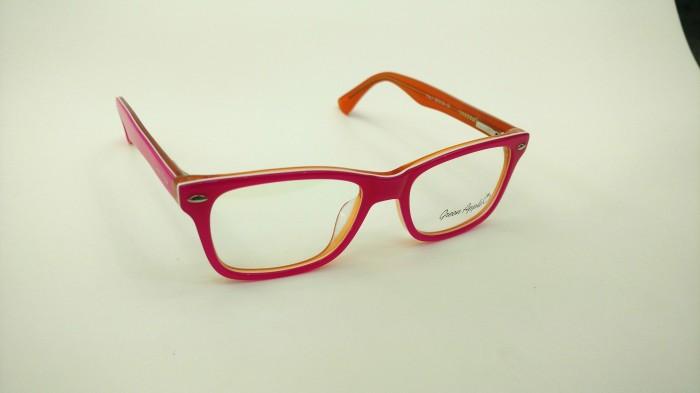 Óculos de grau infatil em Piracicaba   Ótica Sindiótica Piracicaba ... 49df9fc636