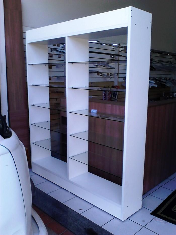 Artesanato Locatelli Guapore ~ Armários em madeira para lojas e closets Piracicaba Monta Loja Móveis e Acessórios para