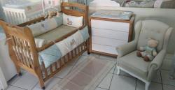 Bebês e Crianças - Berço Marquesa Amadeirado e Cômoda com rodízio - Berço Marquesa Amadeirado e Cômoda com rodízio