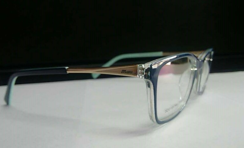 7bb1ee90429f1 Óculos De grau Feminino Azul Piracicaba Armação Feminina em ...
