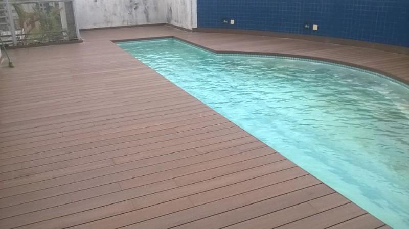 Deck de pvc para piscina em campinas campinas rinodeck for Piso xose novo freire