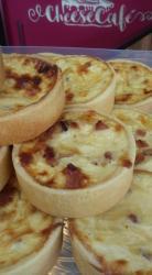 Quiche Lorraine  - ( Bacon e Queijo Gruyere )