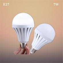 lâmpada inteligente de emergência 9w