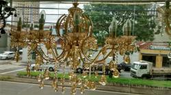 Lustre Cristal Clássico Dourado 12 braço