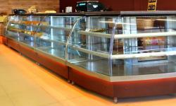 Equipamentos e Acessórios  - Vidro Curvo para Balcão Refrigerado sob Medida - Vidro Curvo para Balcão Refrigerado sob Medida