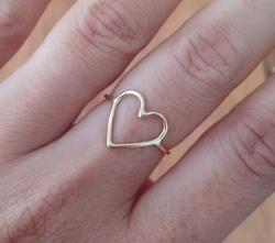 Saúde e beleza - Anel de Coração Vazado em Ouro 18 k - Anel de Coração Vazado em Ouro 18 k