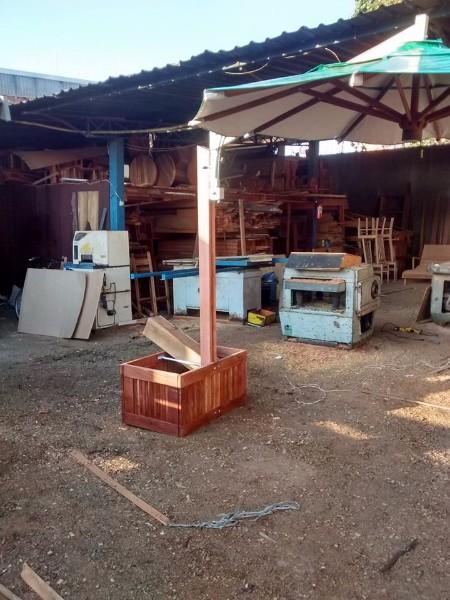 moveis-em-madeira-de-demolicao-sob-medida
