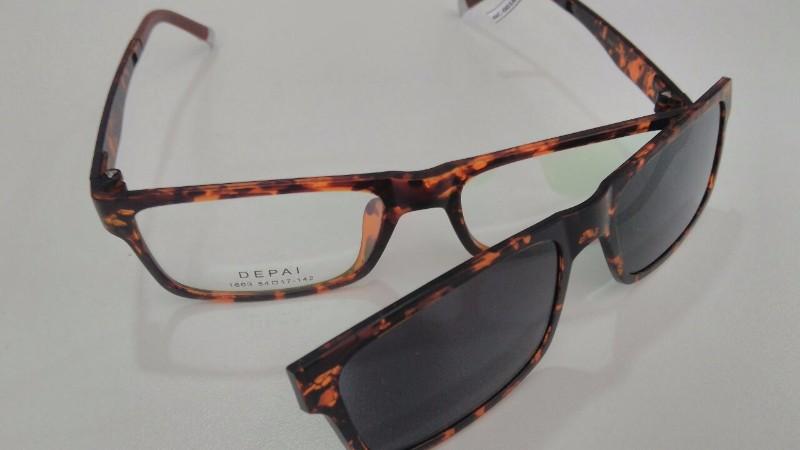 2fb397124f1ab Óculos de grau com adicional de sol em Piracicaba   Ótica Outlet dos ...